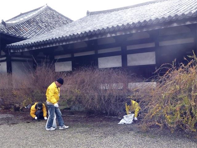 2014年12月12日 元興寺 清掃奉仕風景